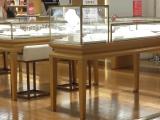 济南展柜制作各种烤漆展台展柜,来图来样加工,工厂化生产