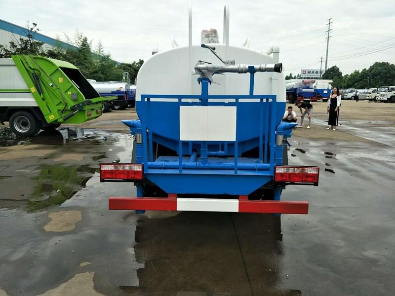 陕西新款东风5吨洒水车二手洒水车多少钱 厂家直销价格优惠
