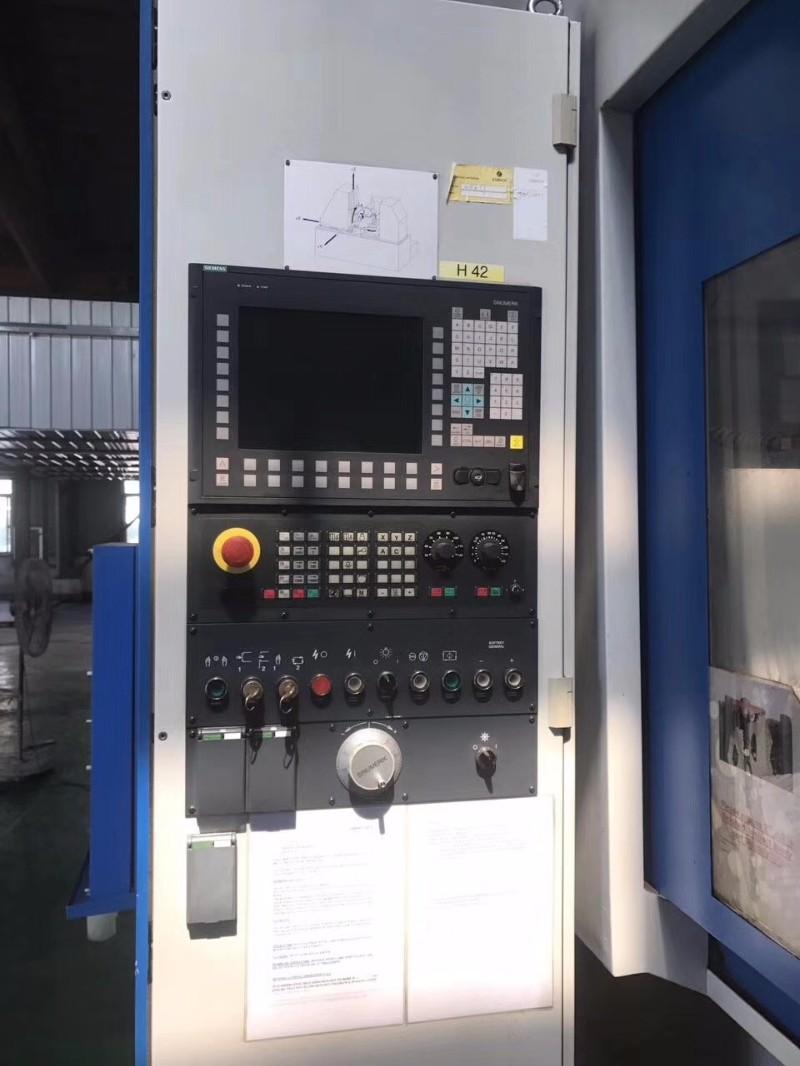 出售:数控高效滚齿机 型号:PE150