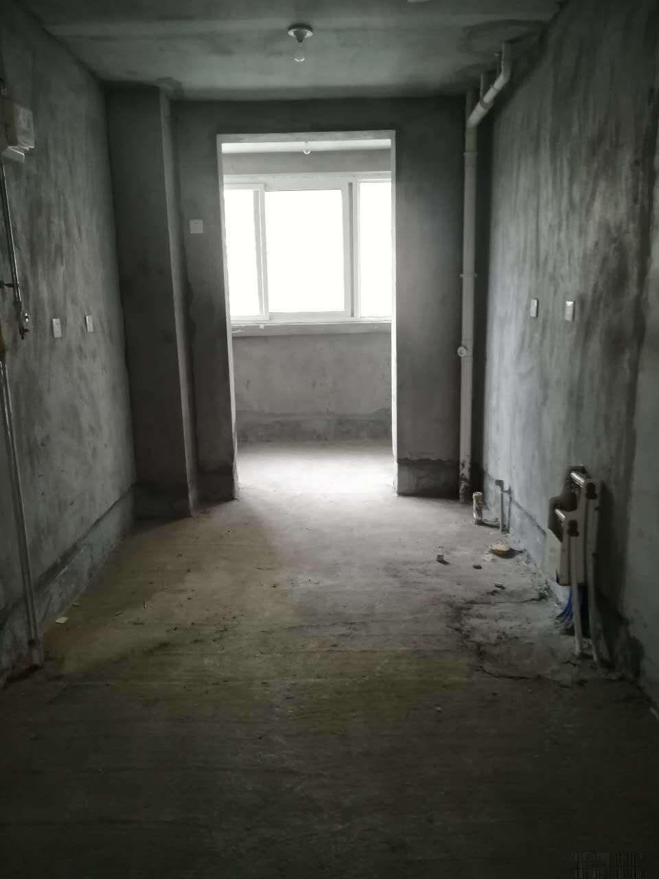 玉泉西路(华达雅苑)高铁站 毛坯大两室