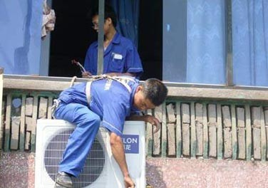 居民搬家 公司搬家 空调移机 长途搬家及起重等