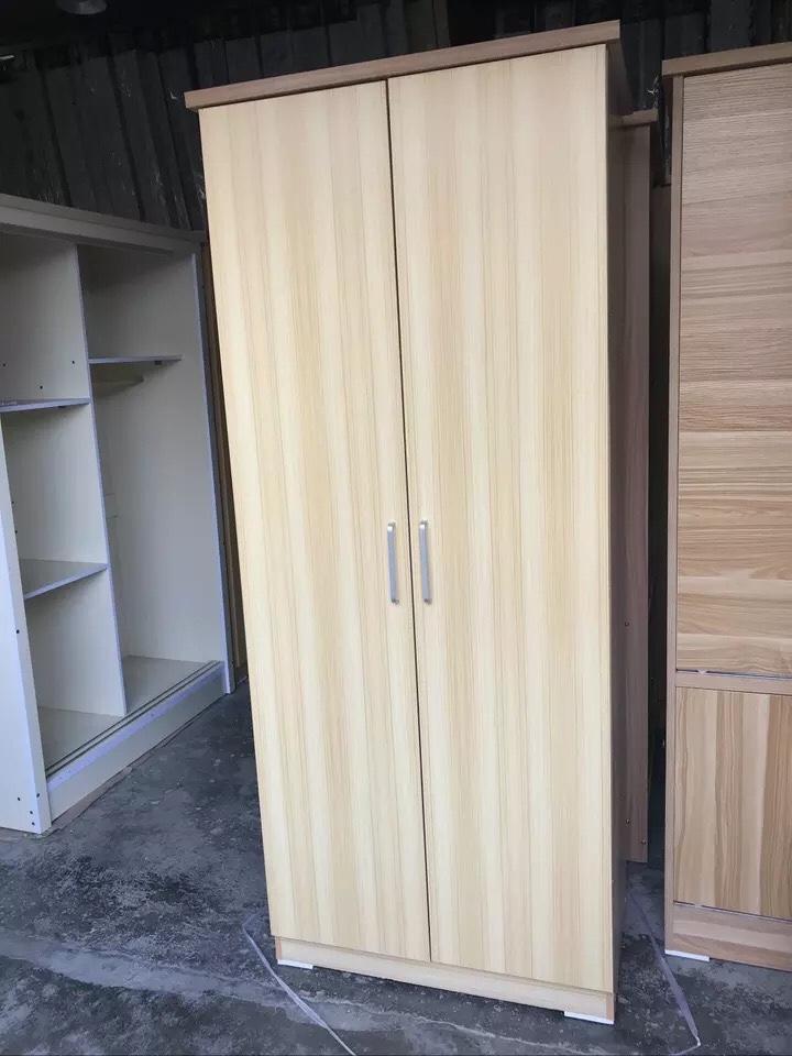搬家转让99成新三开门衣柜一个