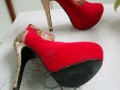 百搭红色高跟鞋