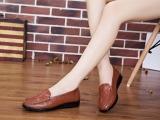 豆豆鞋女真皮大码女鞋平底单鞋护士鞋小白鞋牛筋底孕妇鞋妈妈鞋
