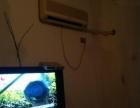 有数字电视,有空调,有煤气有家具,拎包入住
