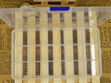热销推荐 义乌正品耐摔塑料收纳盒 优质15格带蓝扣收纳盒