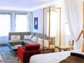 《继鑫》旭辉广场 1室1厅76平米1800 豪华装修拎包入住