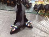 码尖头高跟大码女鞋低价零售