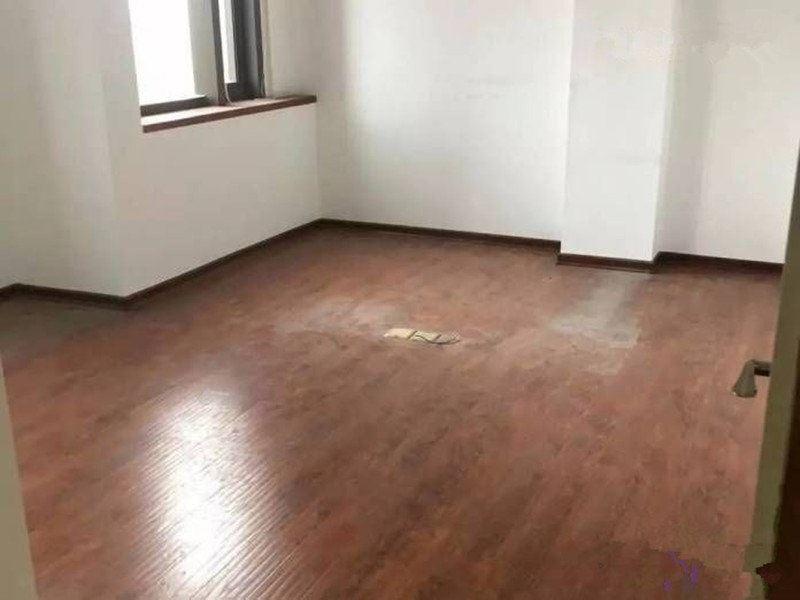 西二环乌山西路房地产交易中心背后福尚名居三房办公出租看房福尚名居
