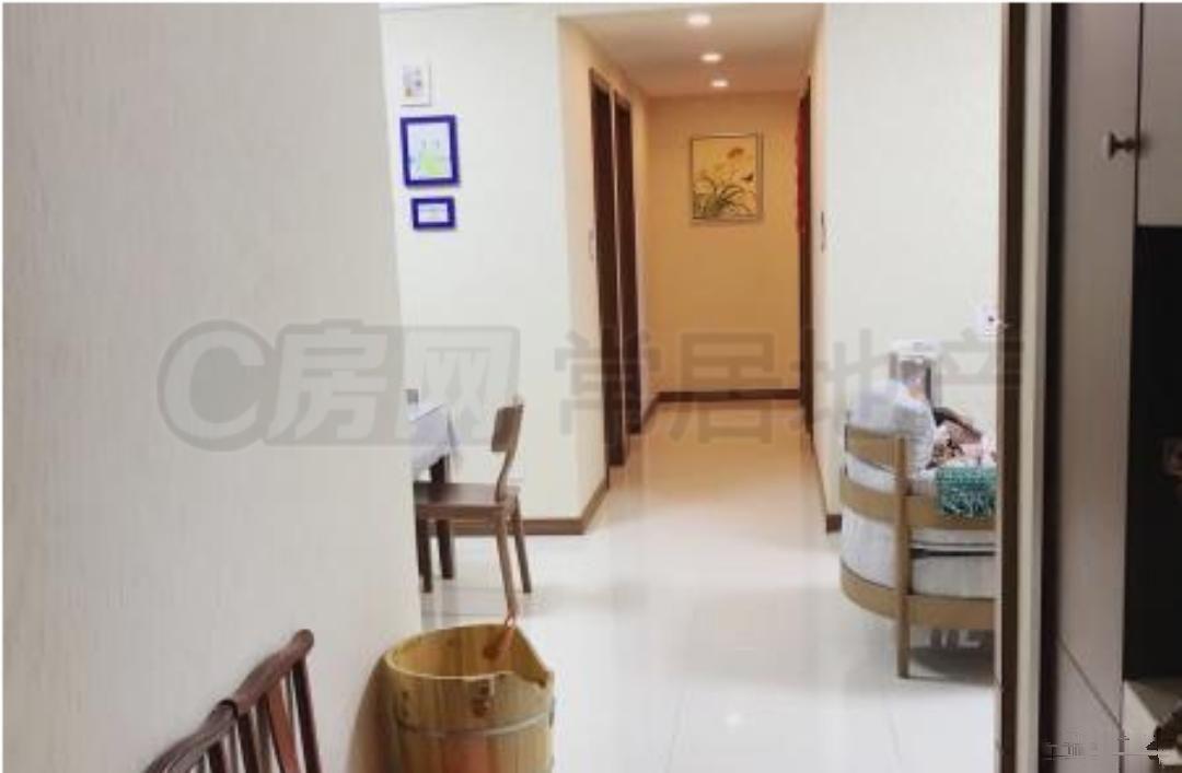 龙湖龙誉城旁 新城香悦半岛精装 通透3室不靠高架 带车位