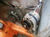 流动补胎更换新轮胎 修车 搭电 救援送油 流动电焊 切割作业