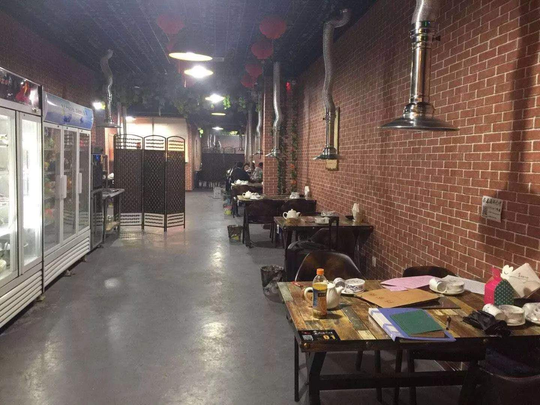 海鲜烧烤店转让黄金地段闭环式商业街步行街里正街