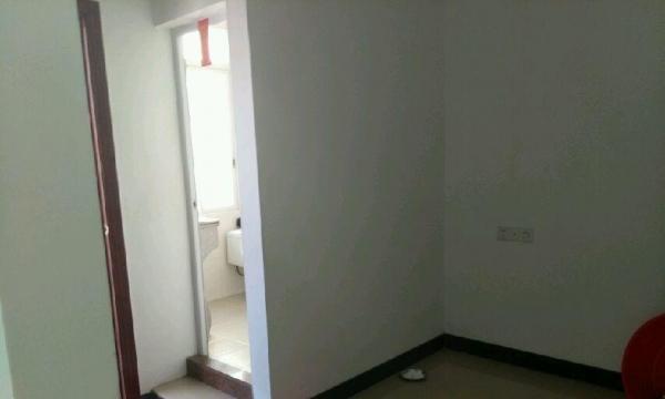 榕华园 5室2厅2卫