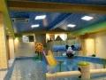 淄博金色太阳游泳池设备厂家告诉你婴幼儿游泳的好处