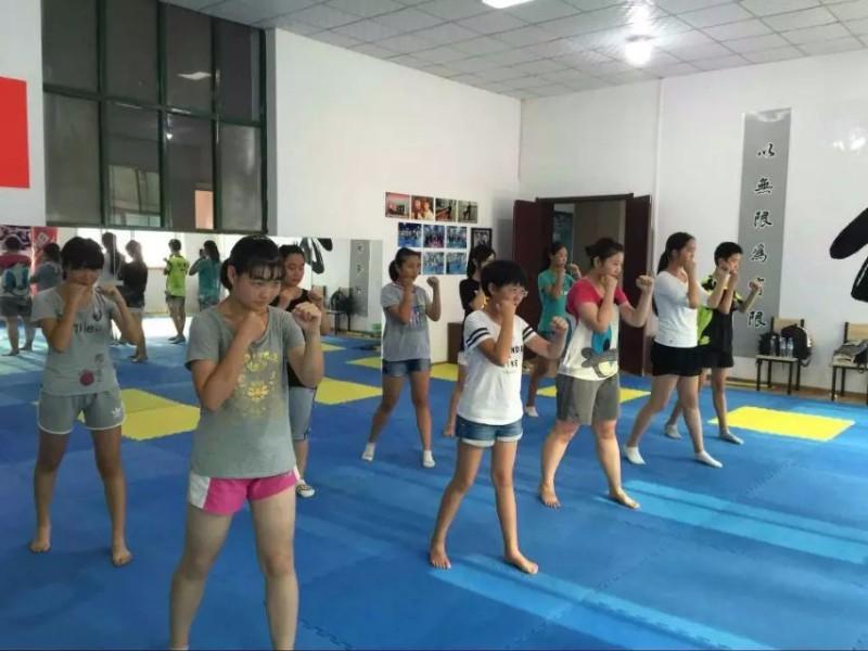 济南散打,防身术,搏击俱乐部专业私教一对一正规培训