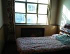六六七菜市场2楼58平二里室一厅简装年付4000可半年付。