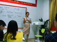 公明哪里有专业的英语培训机构 英思特英语
