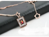 批发钢玫瑰金项链 短款项链 14K玫瑰金 实心香水瓶嵌钻 女款特