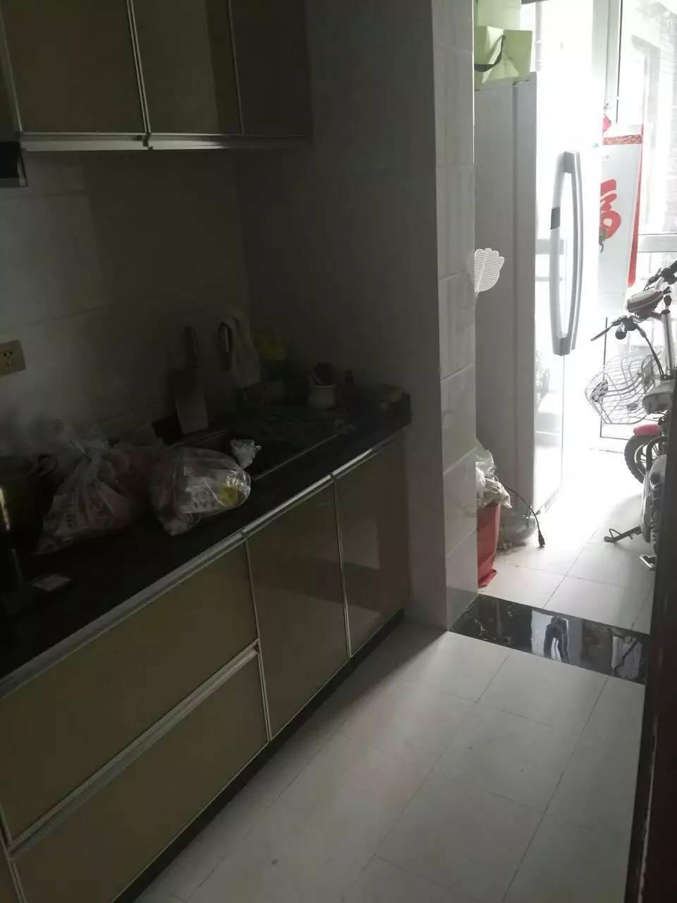 建业桂园 2室 2厅精装修够两年85平米 出售