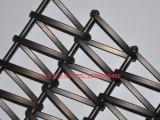 供应不锈钢外墙装饰网,在光的反射下金属网熠熠生辉,装饰效果强