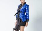 预售 2014秋冬新款修身气质方格纹保暖带围巾羽绒服 欧洲站女装
