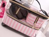 东莞化妆包工厂禾润手袋厂专业生产透明PVC化妆包