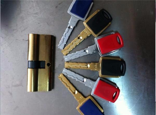 温州下吕浦,划龙桥,南浦路开各种锁,修锁,换锁芯
