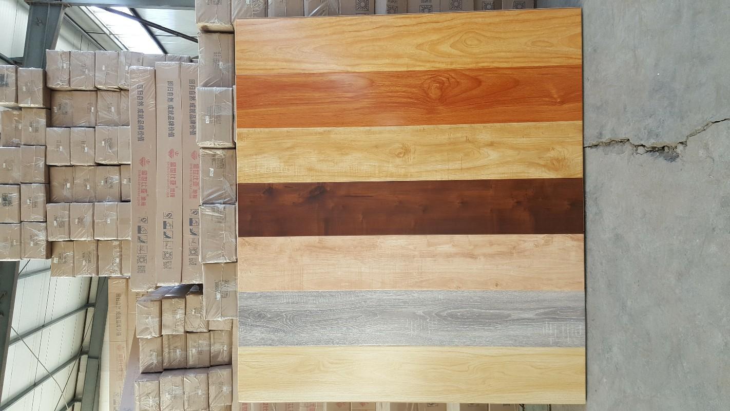 银川燕鸽木地板 骆驼邦木地板批发 厂家直销