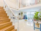 杭州下沙金沙湖地铁口龙湖天街loft120方大房民宿