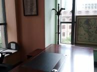 汇智大厦104平米出租,有装修隔断,随时看房,随时入住办公