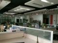 裕鸿国际260平 精装带办公家具 玻璃楼落地窗