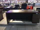 仅用1月 1.8米 办公桌 老板桌 长春范围低价出售