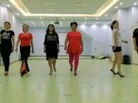 三峡广场中老模特培训