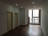 花果园出租74平米带2个办公室全套家具