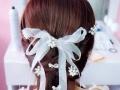 新娘跟妆380起步价,免费送婚纱的哦!