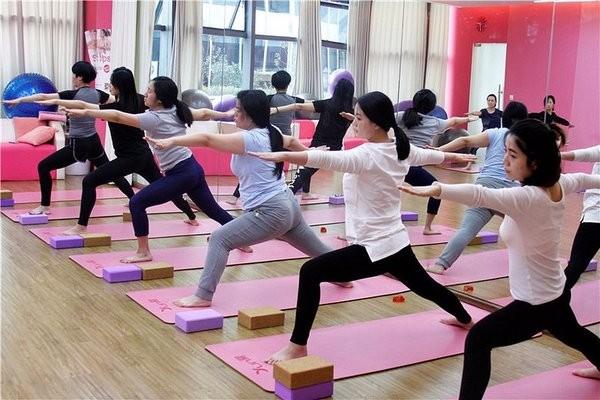 太原知妈堂孕妇瑜伽,孕妇运动,孕期教育俱乐部