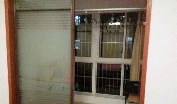开发区商业街 鑫业家园 2室1厅 有车库