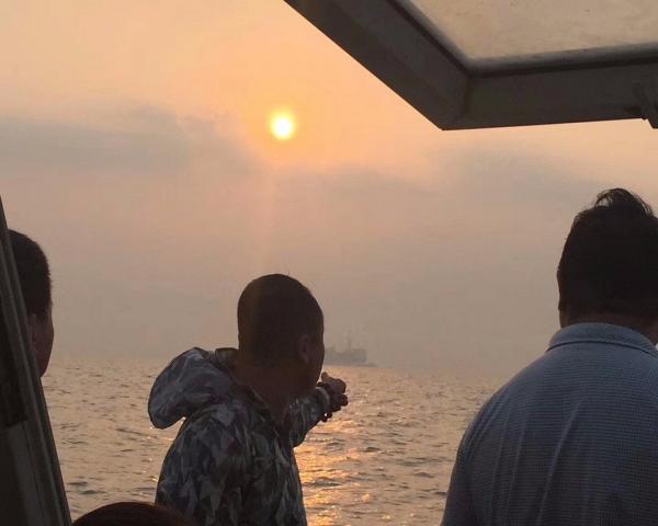 黄骅正规游艇出海、观光、捕捞海鲜、海钓、海上宴会