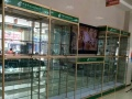 长沙市鑫鑫总厂批发订做食品柜,化妆柜,鞋柜,精品柜,礼品柜等