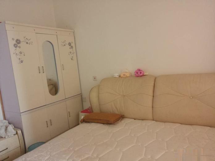 高新区滨河路塞纳阳光旁枫景398,中装2居,拎包入住!