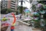 新款全自动吹大泡泡枪 儿童电动泡泡枪玩具 带灯光配双瓶水