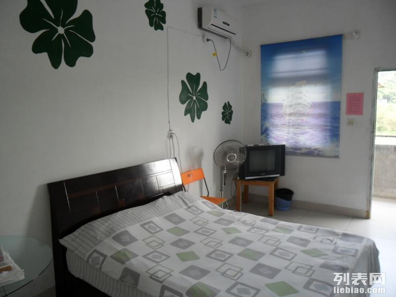 卫生职业技术学院漳大后面弥勒坑公交车站后面单身公寓 1室