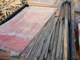 常年收售建筑旧木方 旧模板 旧竹片毛竹 旧跳板圆木