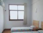 家庭旅馆,一楼是洗澡堂,房间干净卫生,楼层有热水