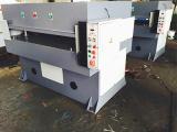 泰州未来机械提供有品质的裁断机 优惠的精密四柱液压裁断机