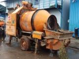 南寧出租租賃混凝土地泵輸送泵