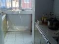 一个主卧,一个客厅,厨房,一个月800