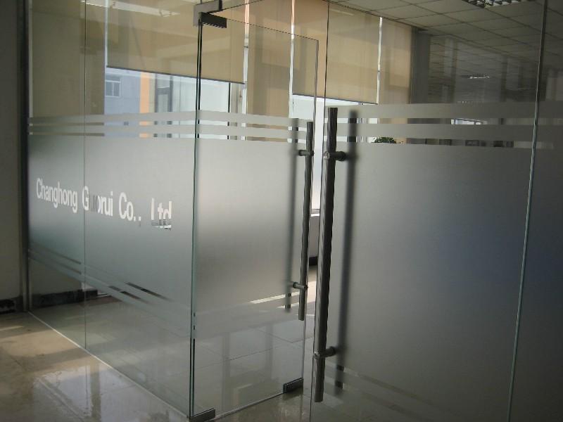 玻璃贴膜磨砂防撞条亚克力制作