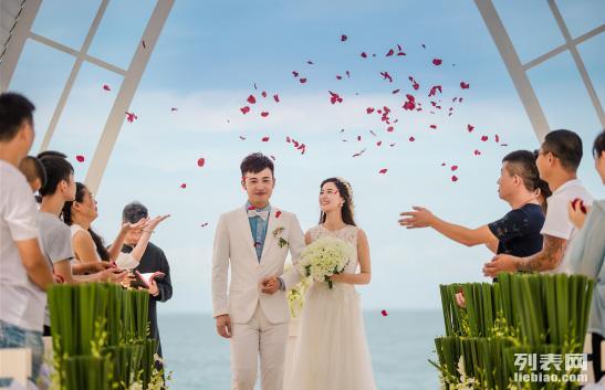 三亚大东海教堂婚礼