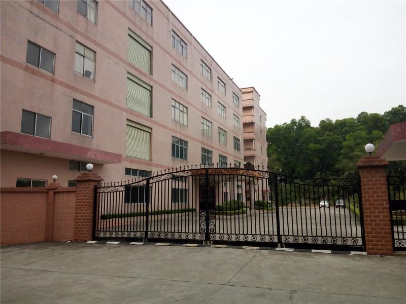 观澜少有的花园厂房1楼及4楼各1200平米招租